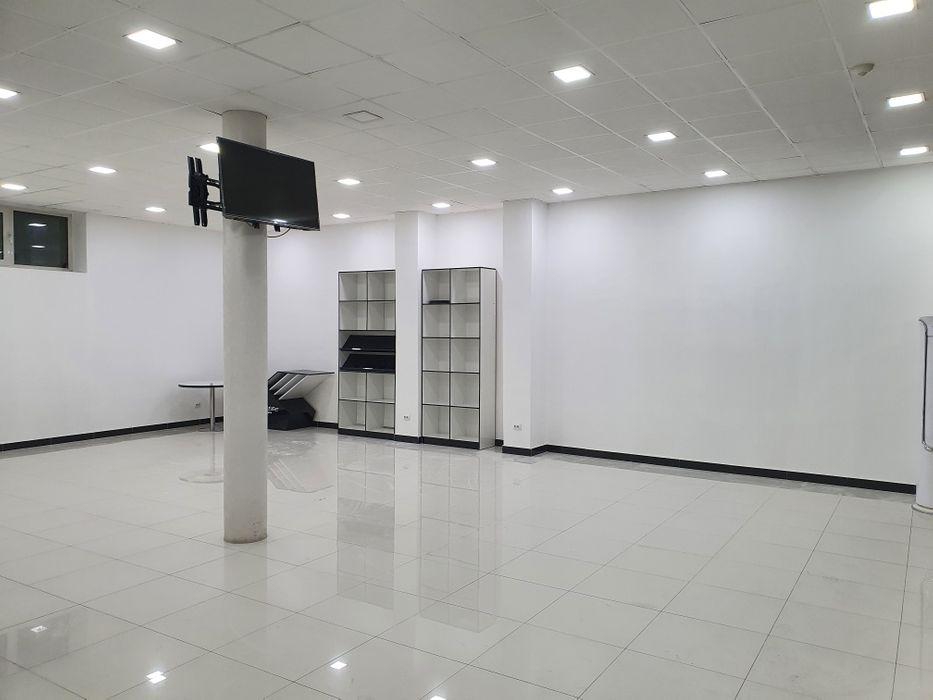 Сдается нежилые помещения в 2х этажном здании, на 1 и 2 этажах 2 помещения по 95 кв.м. 190м2, Чиланзарский рн